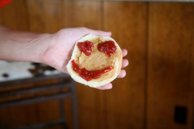 smilley sandwich